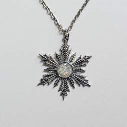 Медальон Эльзы